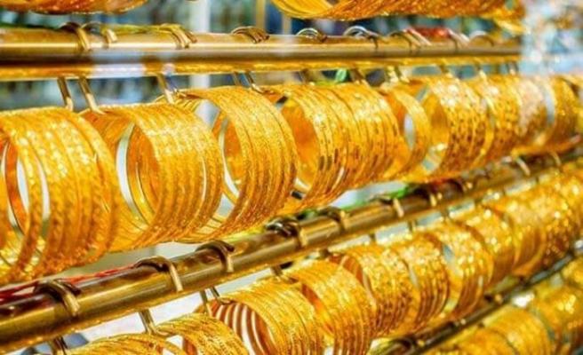 Çeyrek altın 843 lira oldu