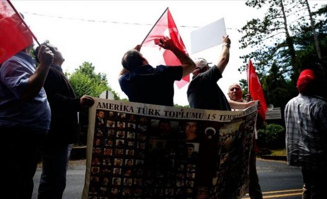 FETÖ'nün ABD'deki Türkiye karşıtı faaliyetleri protesto edildi