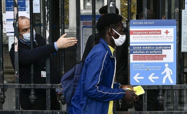 Fransa'da son 24 saatte 35 bin 879 Kovid-19 vakası görüldü