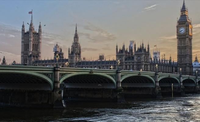 İngiltere'de terör tehdit seviyesi 'ciddi'ye yükseltildi