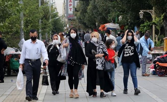 İran'da Cumhurbaşkanı Ruhani'ye karantina çağrısı