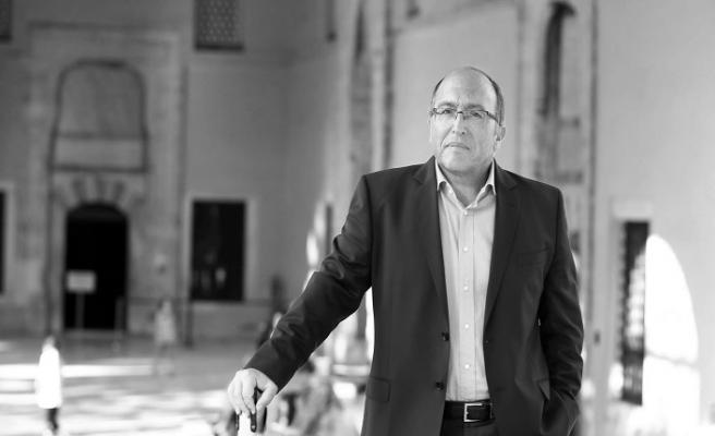 İslam'a Hizmet Ödülü Prof. Dr. Haluk Dursun'a Verildi