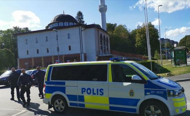 İslamofobi hız kesmiyor: Camiye mektupla 'tehlikeli madde' gönderildi