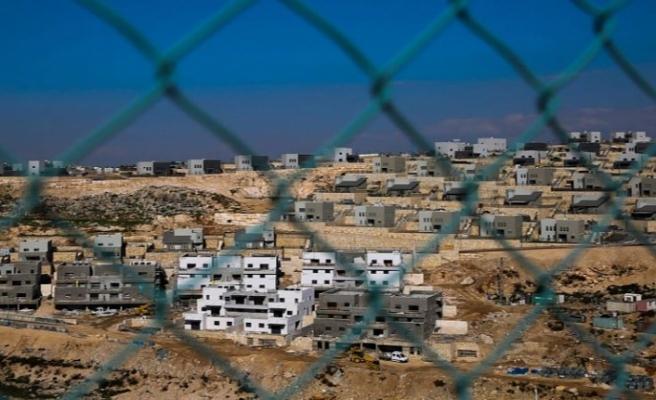 İsrail, işgal ettiği yerlere Yahudi yerleşimciler için yeni konutlar inşa ediyor
