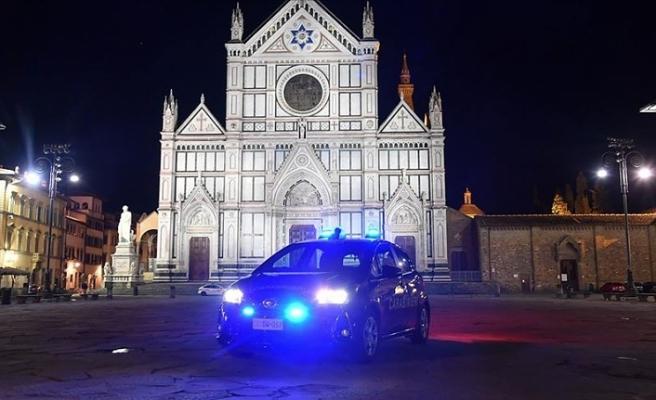 İtalya'da son 24 saatte Kovid-19'dan 580 kişi daha hayatını kaybetti