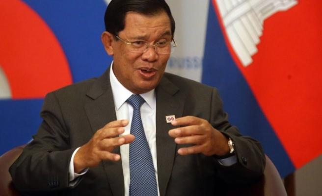 Kamboçya Başbakanı ve 3 Bakanı karantinaya girdi