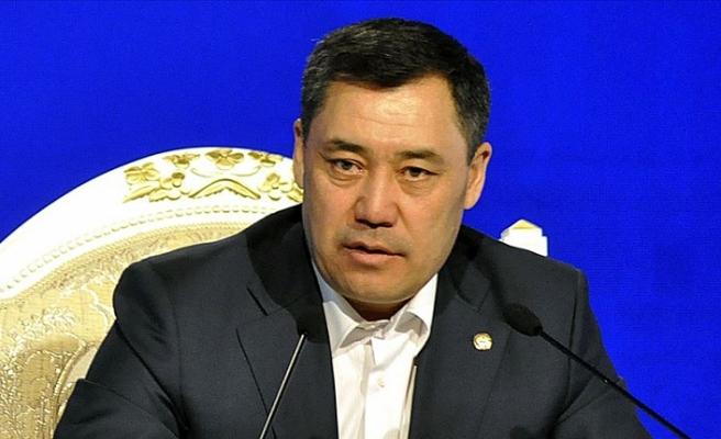 Kırgızistan'da Başbakan Caparov istifa etti!