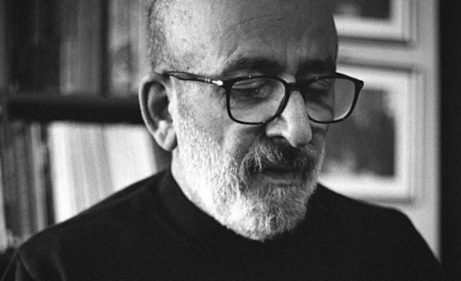 Koronavirüse yakalanan gazeteci Ahmet Kekeç yoğun bakımda