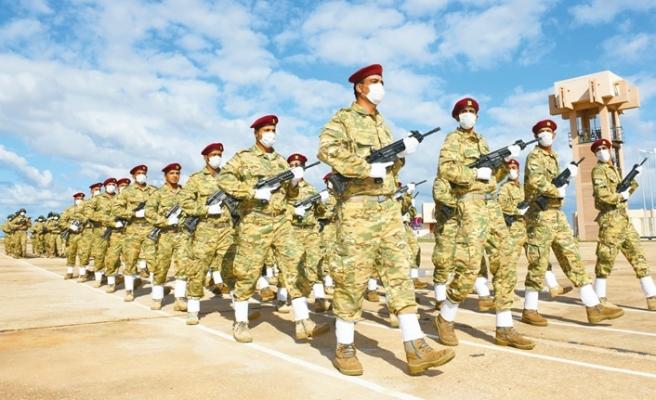 TSK'nın eğittiği 3 bin 500 asker Libya ordusuna katıldı