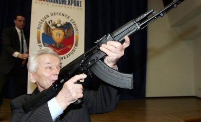 Meşhur Kalaşnikov el değiştirdi