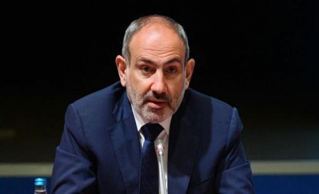 Nikol Paşinyan'ın istifası için gözler mecliste