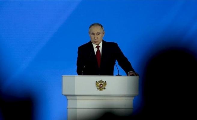 Putin, Kovid-19 nedeniyle düşen üretimden ve artan yoksulluktan endişeli