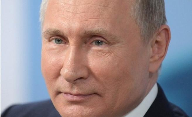 Putin'den pandemi nedeniyle ihtiyaç sahibi ülkelere yönelik yaptırımları kaldırma önerisi