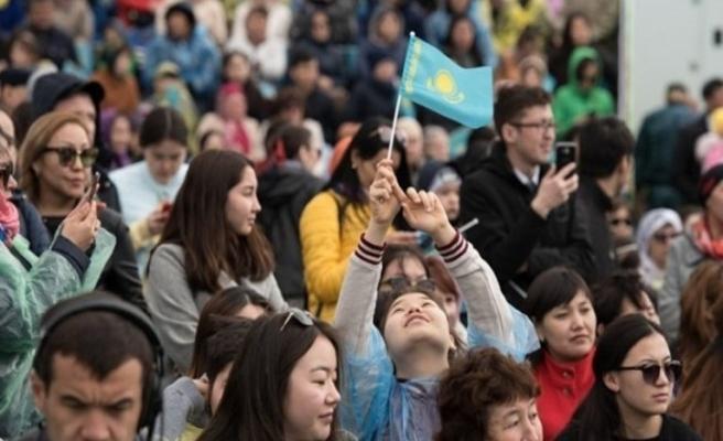 Yaklaşık 12 bin etnik Kazak Kazakistan'a döndü