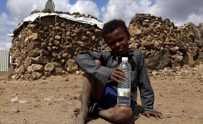 Yemen'in çocukları aç, Yemen'in çocukları hasta!