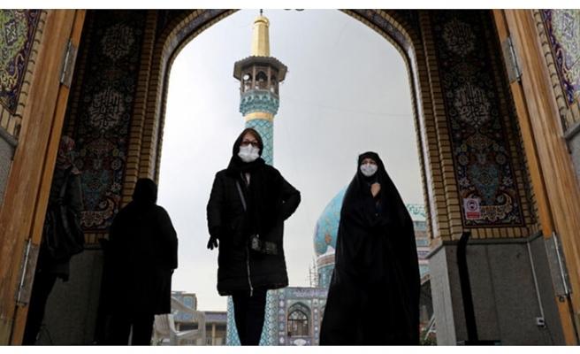 İran Merkez Bankası Başkanı: ABD yaptırımları nedeniyle Kovid-19 aşısı alamadık