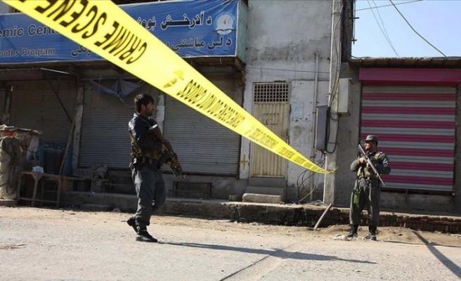 Afganistan'da 2 devlet memuru öldürüldü