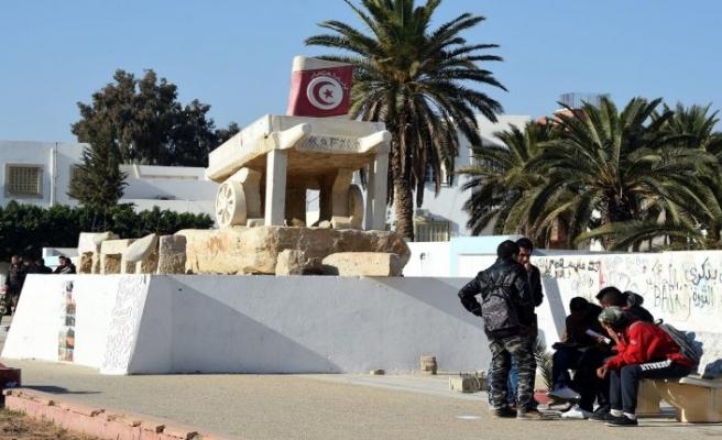 Arap Baharı'nı başlatan polis pişman oldu