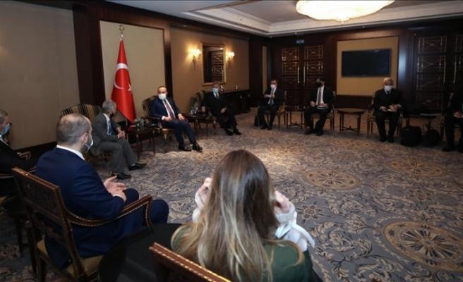 Akar ve Çavuşoğlu, Kiev'de Kırım Tatar temsilcileriyle görüştü