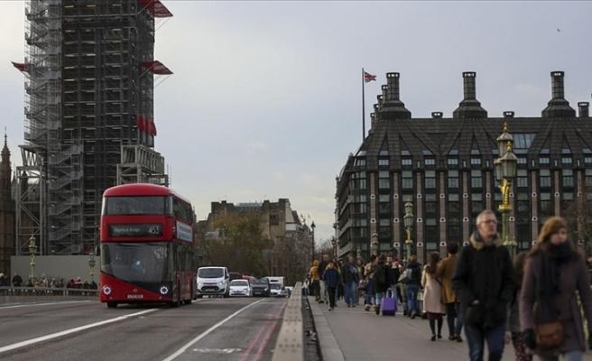 Birleşik Krallık'ın yeni göçmenlik sistemi Türkiye'yi de ilgilendiriyor