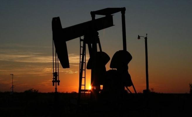 Brent petrolün varili 49,10 dolar