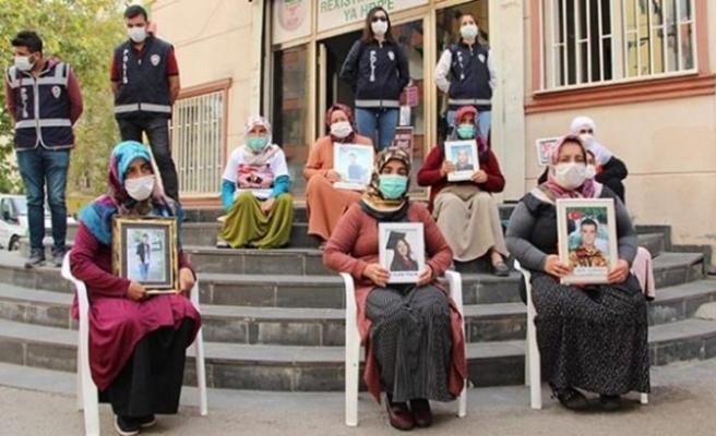 Diyarbakır anneleri evlat nöbetine devam ediyor