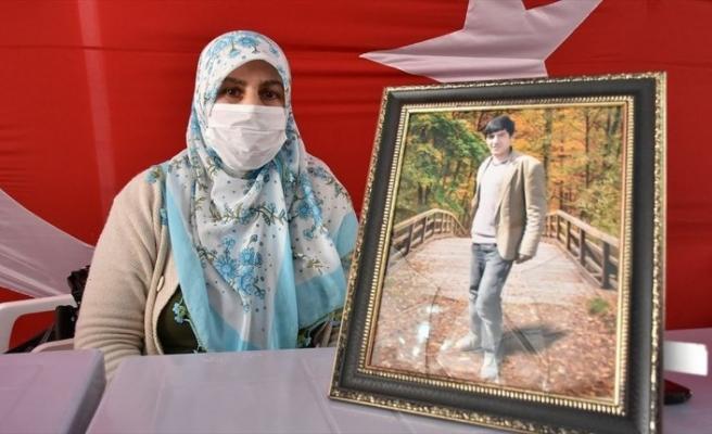 Diyarbakır annelerinden Salim: Oğlumu HDP'den istiyorum