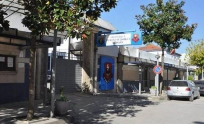 Arnavutluk Elbasan'da silah ve patlama sesleri duyuldu