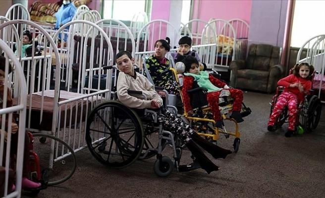 Filistin'de Kovid-19 salgınının ardından engellilerin bakımı daha zor hale geldi