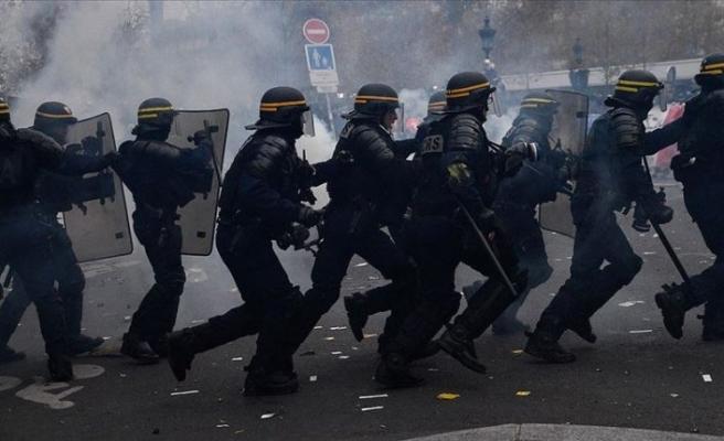 Fransa'da yine şiddet var!