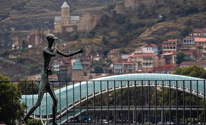 Gürcistan'da günlük vaka sayısı 5 bini geçti