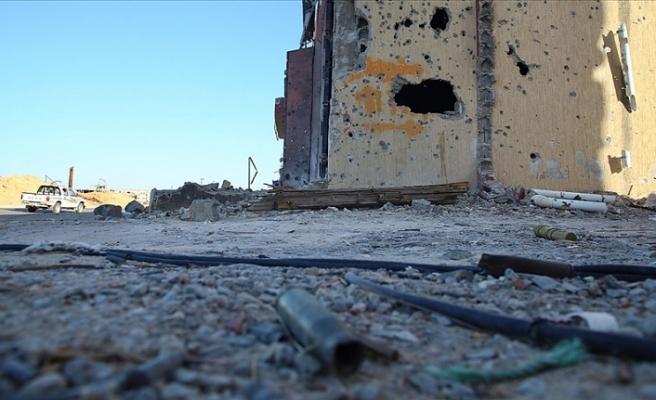 Hafter milislerinden Libya ordusuna ait karargaha saldırı