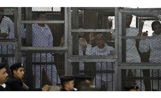 Sisi rejimi rahat durmuyor: İhvan liderlerinin mallarına el konuluyor