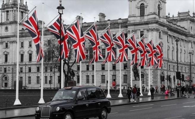 İngiltere daha fazla Türk almak için düğmeye bastı