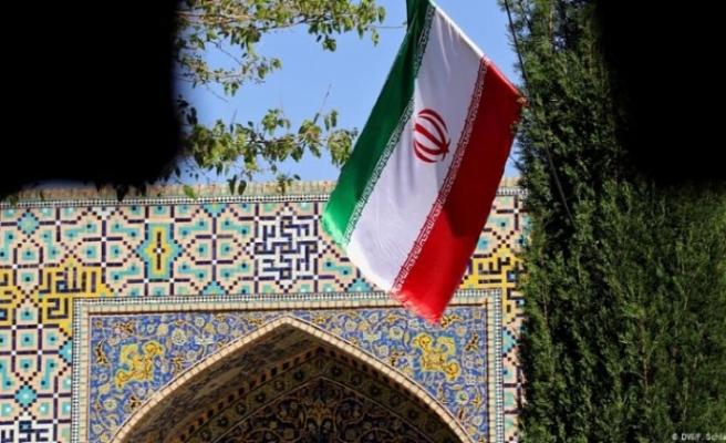 İran'dan cumhurbaşkanlığı adaylığa ilişkin yeni düzenleme