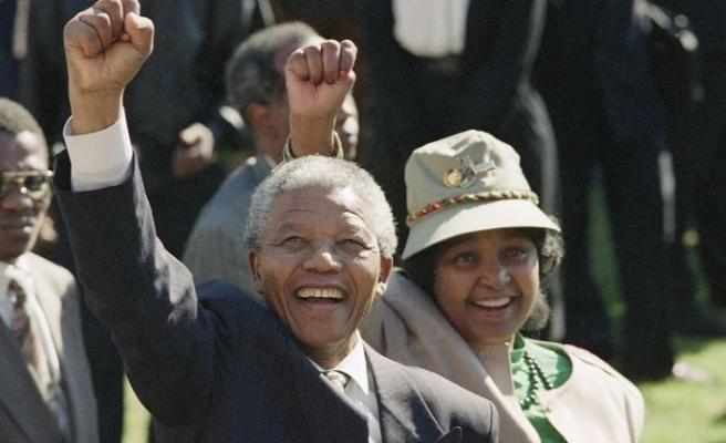 Irkçılığa karşı mücadelenin sembol ismi Nelson Mandela