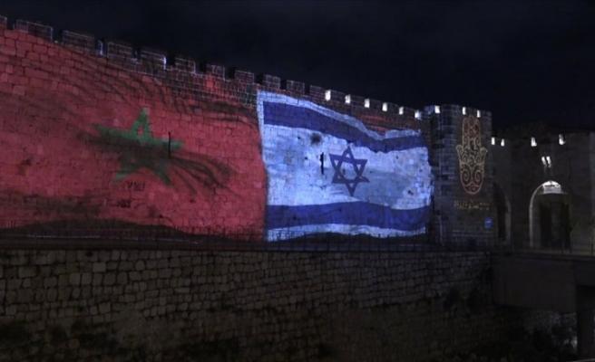 İsrail Kudüs surlarına Fas bayrağı yansıttı