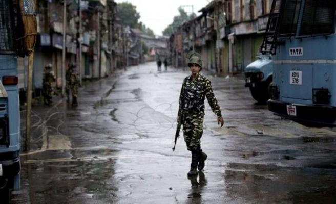 Keşmir'de çatışma! 2 asker öldü