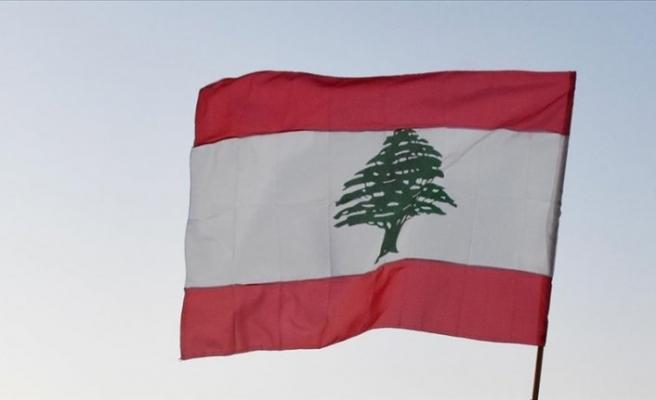 Lübnan'da yönetim için anlaşmazlık sürüyor