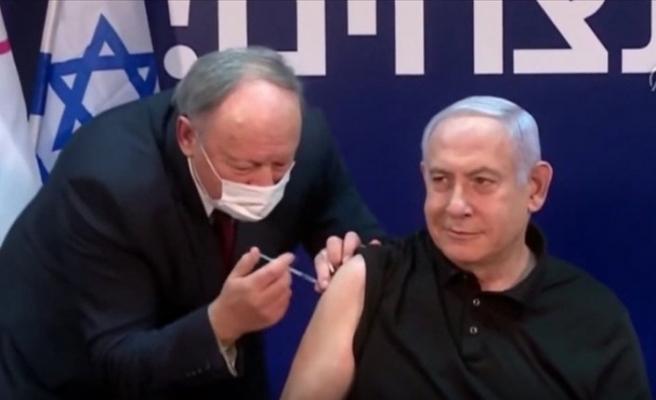 Netenyahu canlı yayında aşı oldu