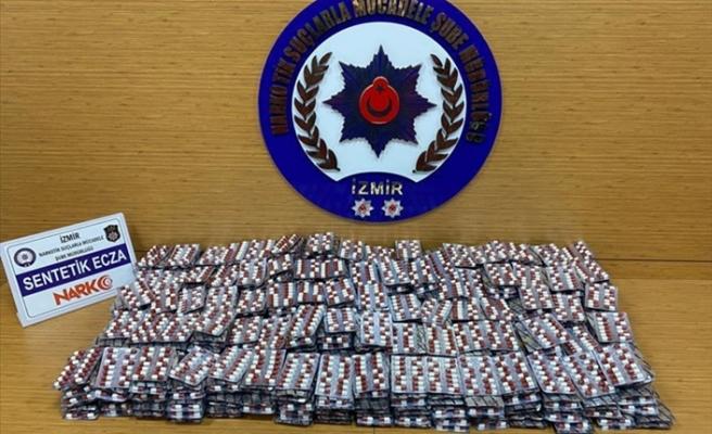 İzmir'de 16 bin 800 uyuşturucu hap ele geçirildi