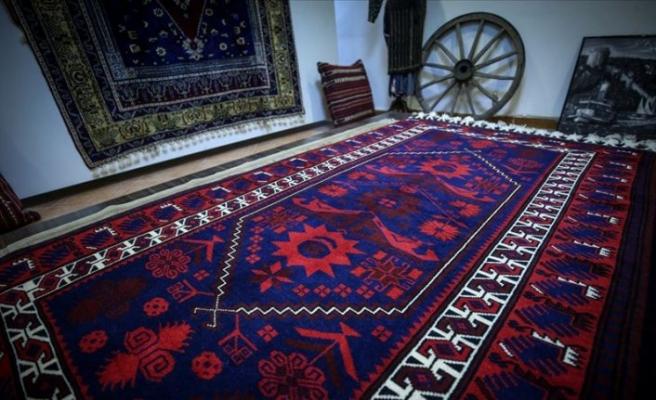 Sakarya'da  Yağcıbedir halısı üretimi