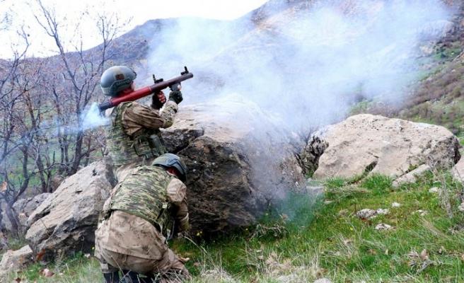 PKK'ya büyük darbe! Yüzden fazla terörist...