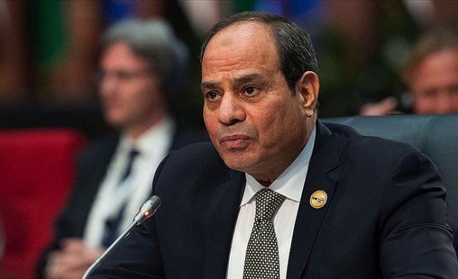 Sisi'ye soğuk duş! Protesto ettiler