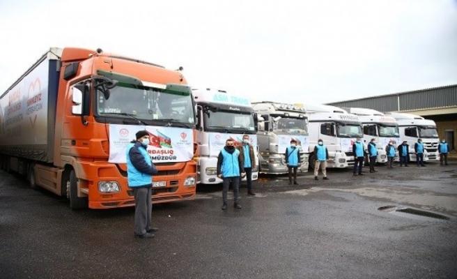 TDV'nin yardım tırları Azerbaycan'a ulaştı