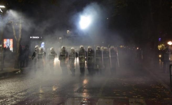 Çatışma sonra kritik karar! Tiran'da toplanmak yasaklandı