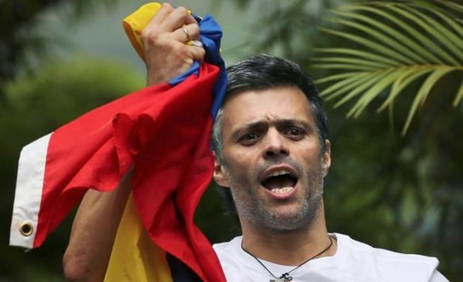 Venezuela'dan gizlice ayrılan muhalif lider Lopez Kolombiya'da