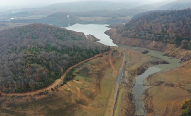 Yalova Gökçe Barajı'nda su seviyesi azaldı
