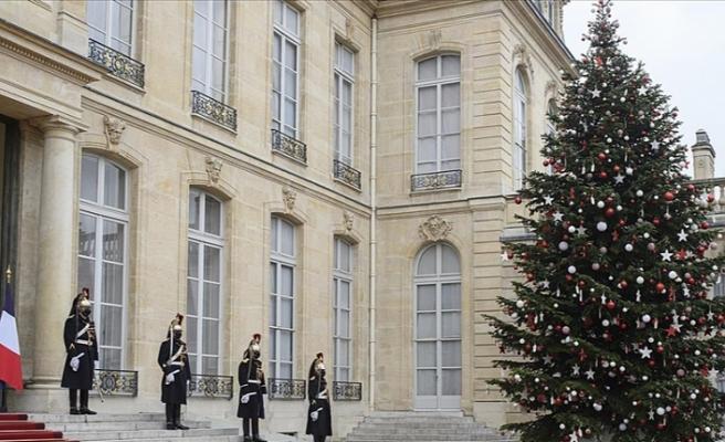 Macron'un verdiği yemeğe katılanlar hakkında suç duyurusu