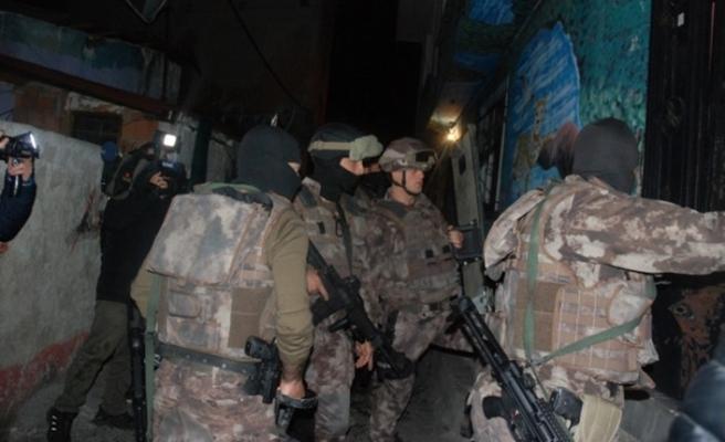 İstanbul'da uyuşturucu satıcılarına operasyon, 13 şüpheli yakalandı